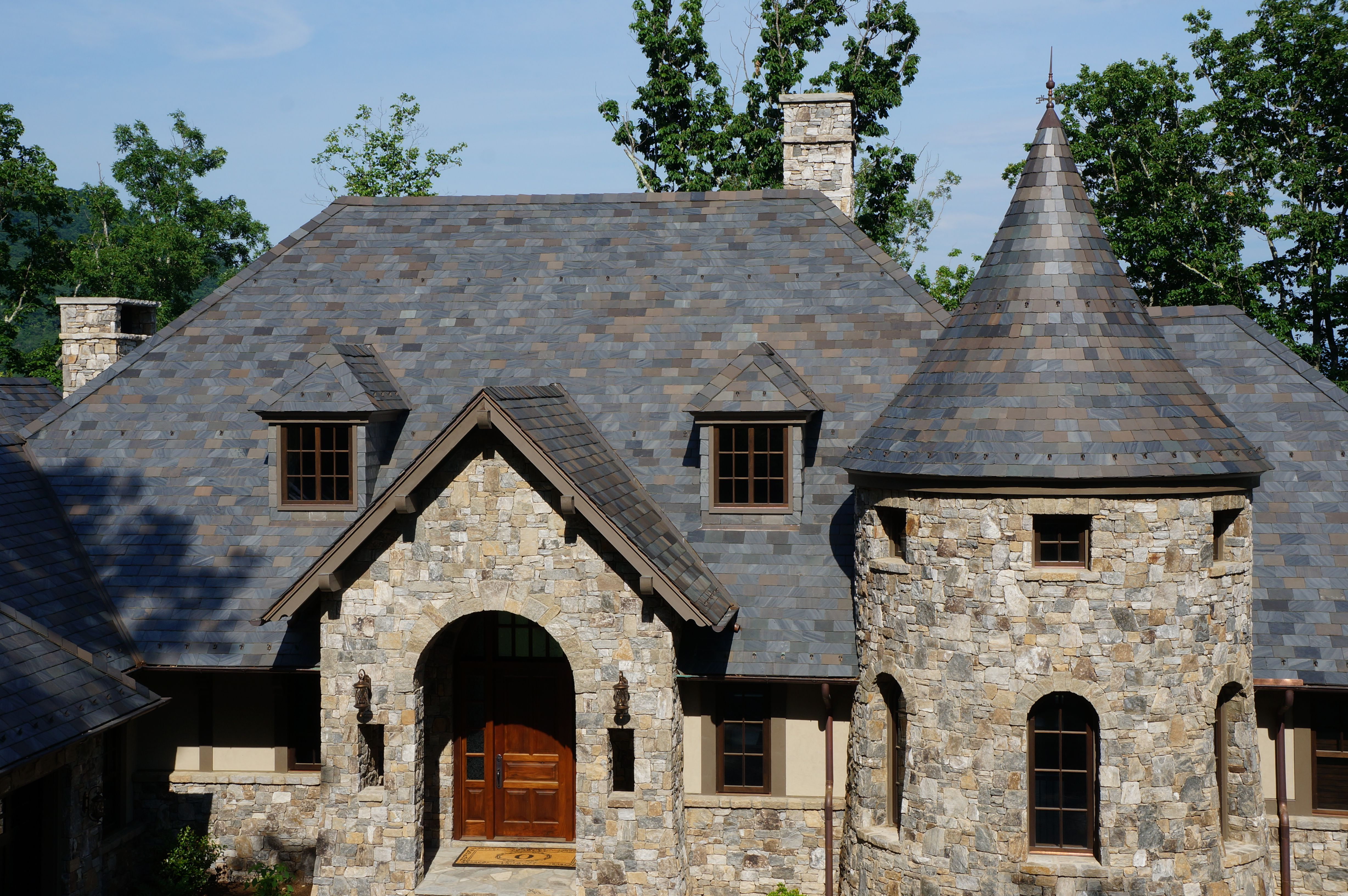 South Carolina Exterior Repairs Dlv Roof Roofing Contractor Roofingcontractor Chs Charleston Roofing Contractors Roofing Roofer
