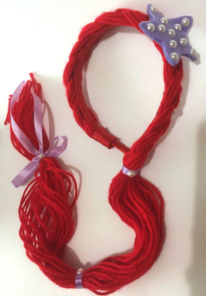 Tiara da princesa Ariel do desenho A Pequena Sereia Confeccionada em lã  vermelha 55ca7472414