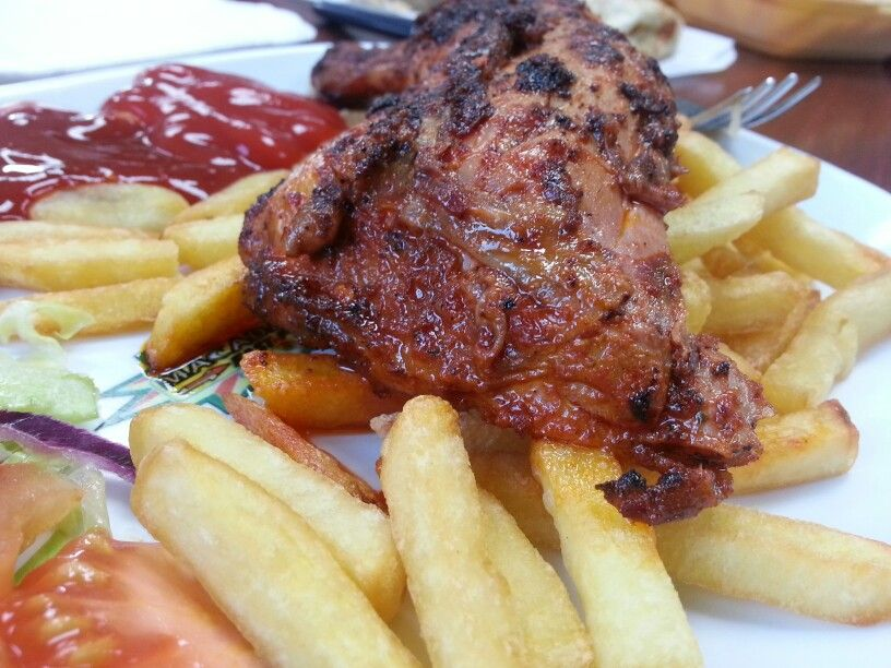 Amazing Chicken And Chips At Delicious Corner Green Lane Road Leicester Halal Halal Recipes Chicken And Chips Food