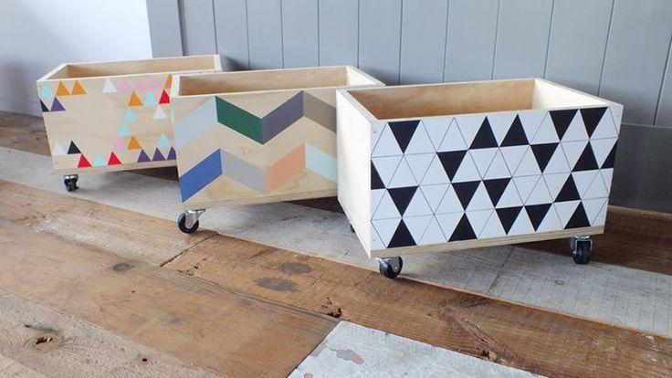 toy box for junebug house stuff pinterest kisten rollen und kinderzimmer. Black Bedroom Furniture Sets. Home Design Ideas