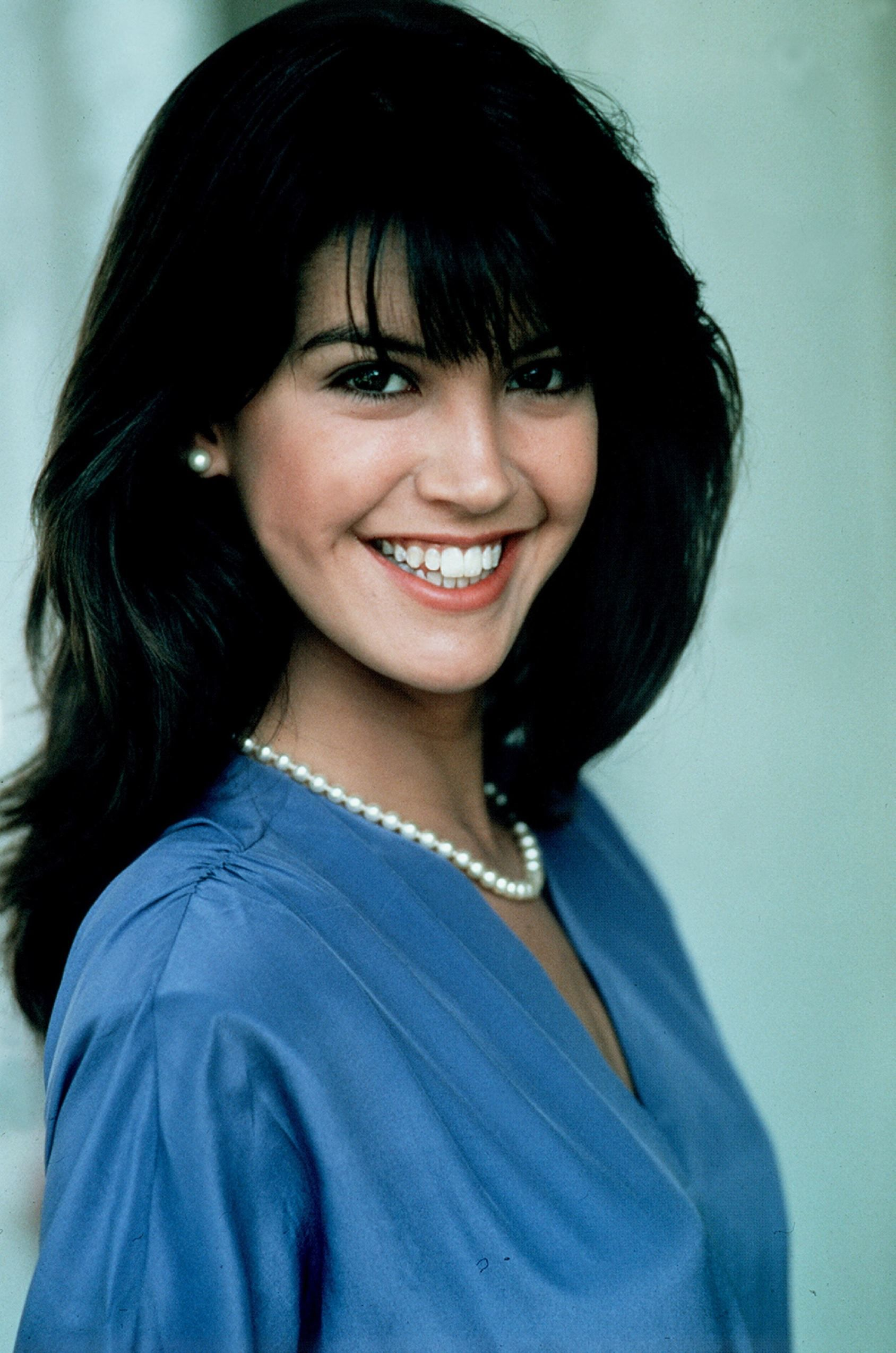Phoebe Cates Nude Photos 67