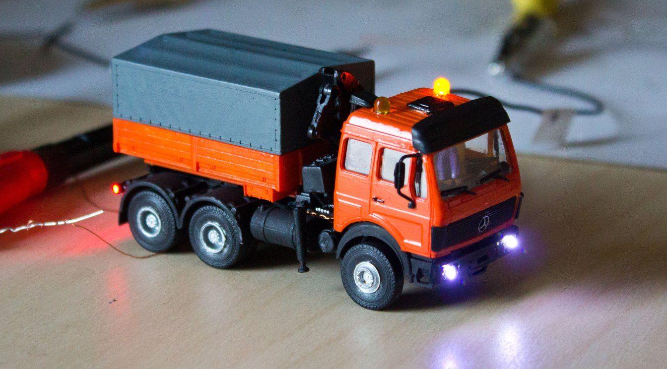 Lkw Mit Led Beleuchtung Und Blinklichtern Blinklicht Modellbau Lkw Modelleisenbahn