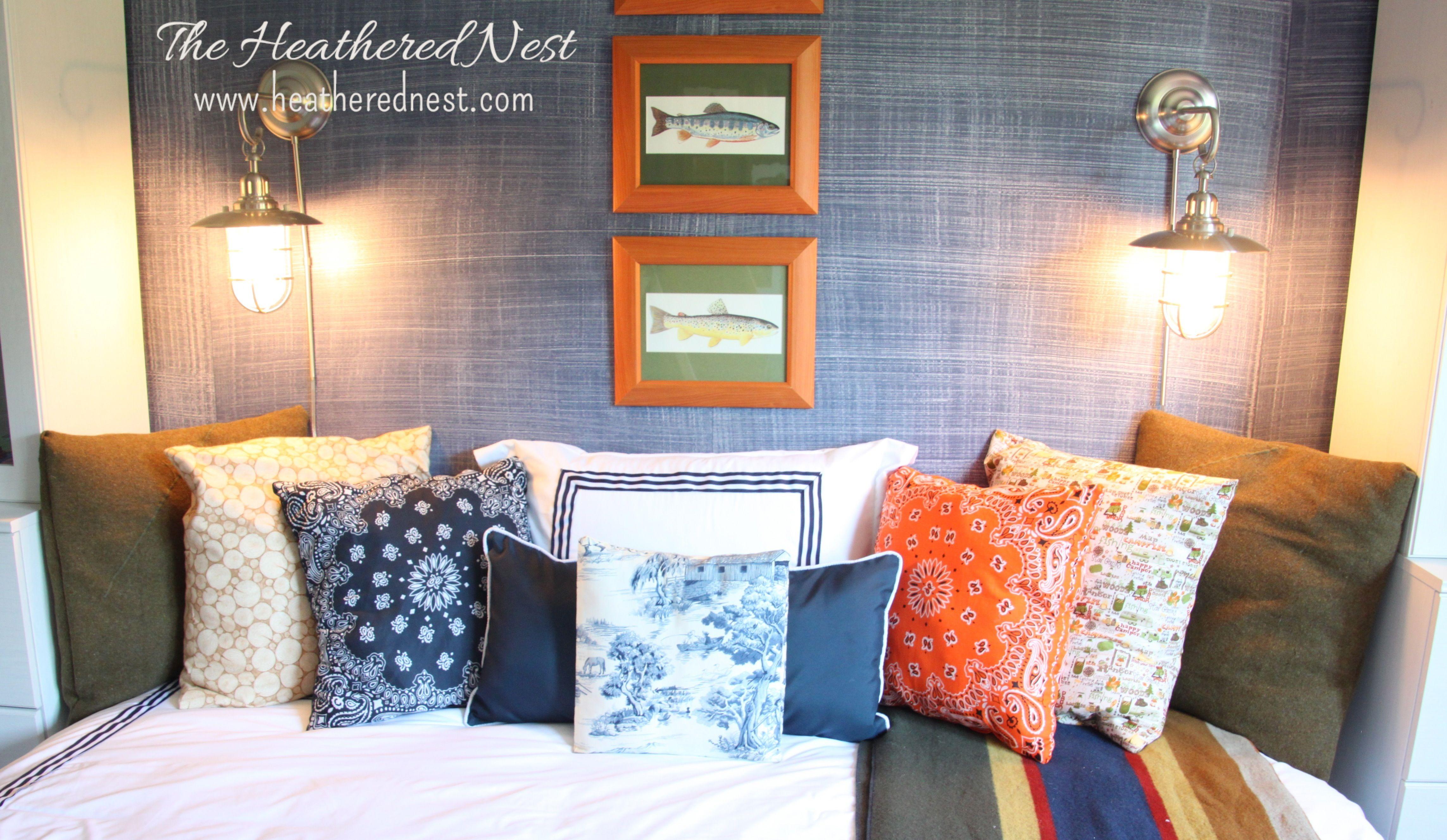 Weure going bandanas diy bandana pillows liven up your living room