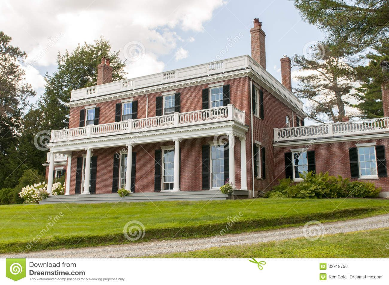 Federal architecture exterior of an old elegant brick Federal style homes