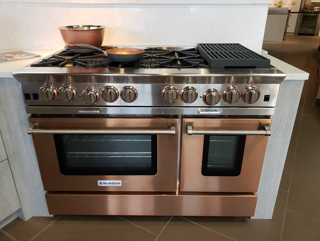 Wow Check Out This Stunning Platinum Series Range In Infused Copper Start Designing Your Own Bluestar Now Home Kitchens Kitchen Appliances Custom Kitchens