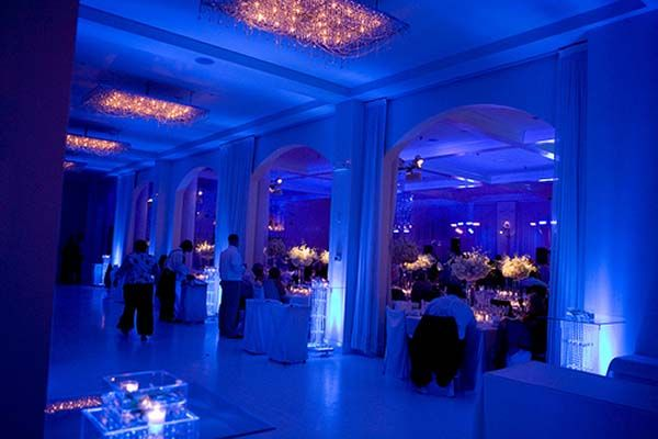 1000 images about event uplighting on pinterest shakespeare theater wedding reception and blue blue wedding uplighting