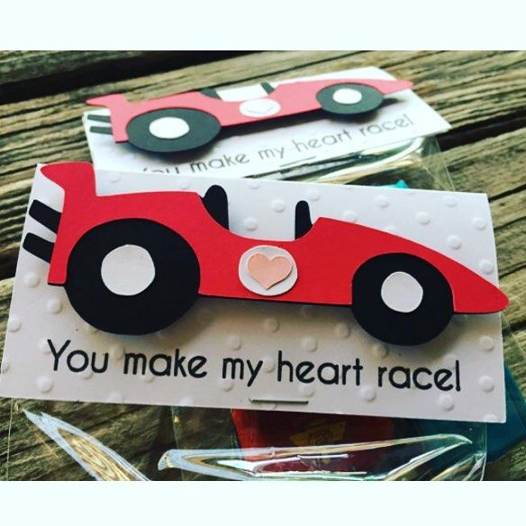 Valentine's Day treat bags fill them with candy or hot wheels! #blueoakcreations #etsy #etsyshop #etsyseller #valentinesday #racecar #paper #treatbags See More Goodies at: www.blueoakcreations.com
