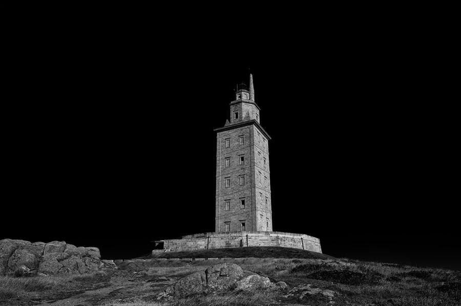 Torre de Hércules by Jorge Orfão, via 500px