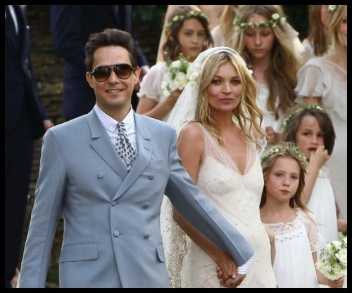 Jamie Hince Looks Dapper In This Blue; Kate Moss Has Seen