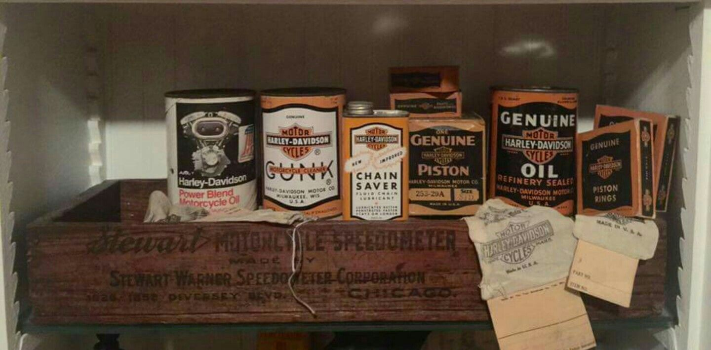 Early Original Harley Davidson Oil Cans Collection