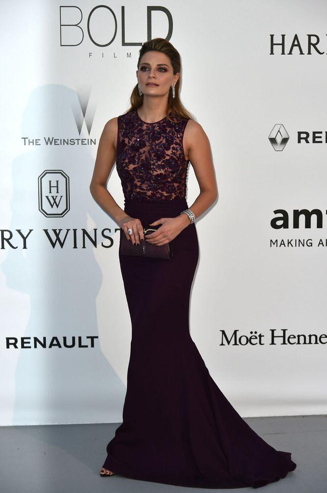PHOTOS. Vanessa Paradis et Alessandra Ambrosio en robe transparente pour la soirée caritative AmfAR à Cannes