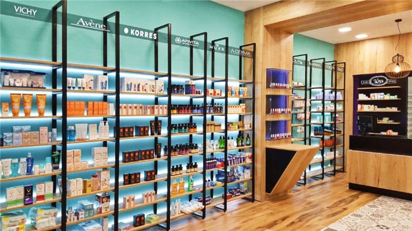 Wooden Wall Display Small Pharmacy Store Furniture Design