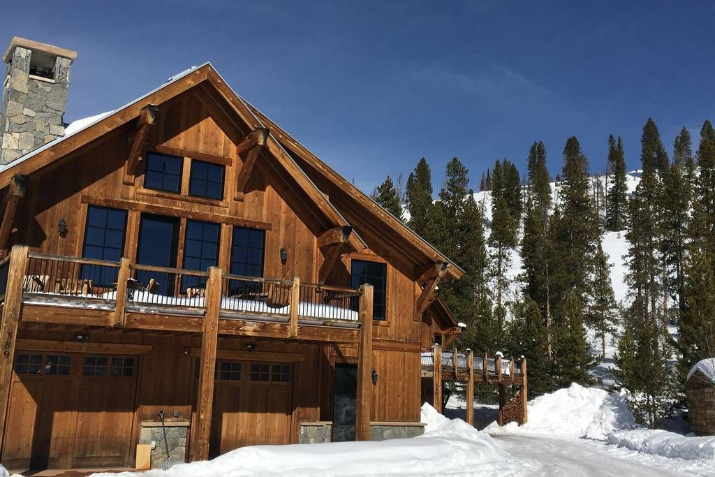 Breckenridge private mountain guest house chalets for