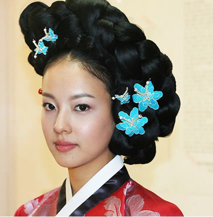 Hanbok Hair Style Traditional Korean Dress Hanbok