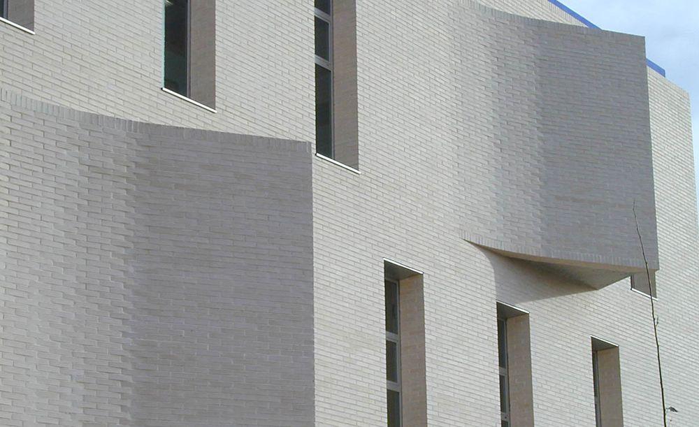 Resultado de imagen de fachada ladrillo blanco matias - Ladrillo caravista blanco ...