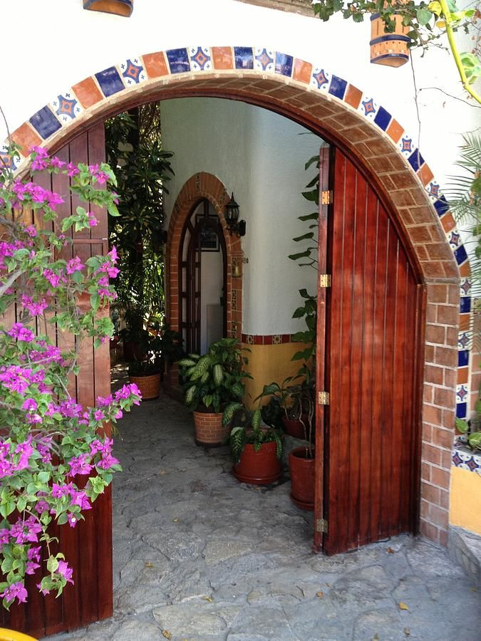 tiled archway & tiled archway | House Ideas (Spanish Colonial maybe?) | Pinterest ... pezcame.com