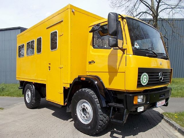 mercedes benz ecopower 917 offroad 4x4 bus. Black Bedroom Furniture Sets. Home Design Ideas