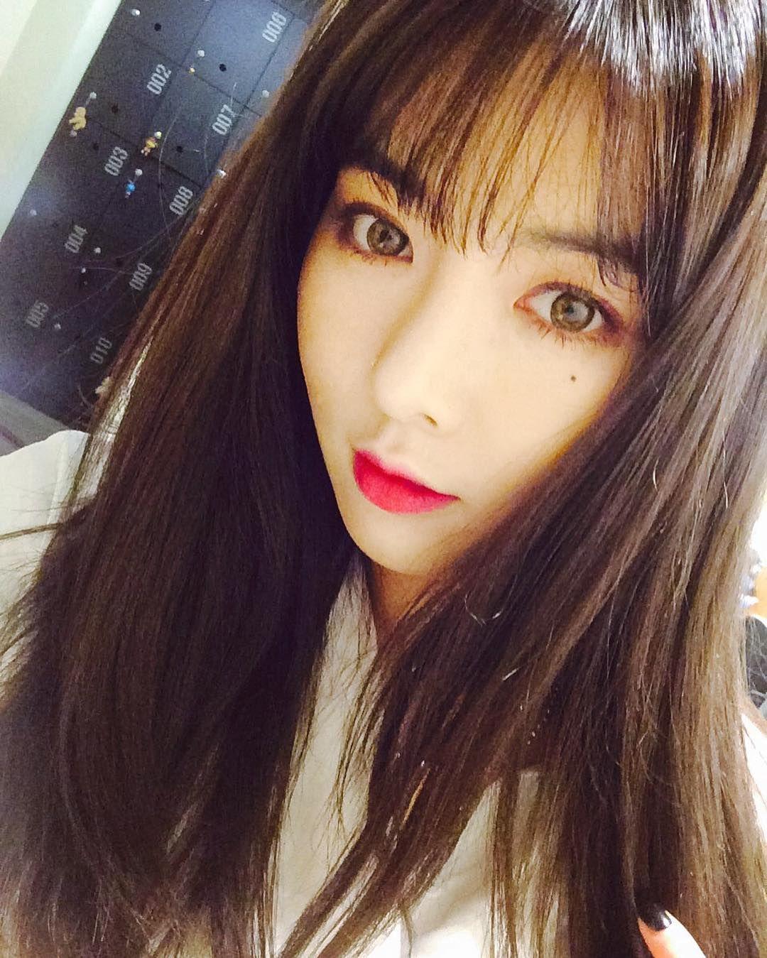 Pin By Nekoz 6 On Hyuna Hyuna Kim Instagram Update Wonder Girls Members