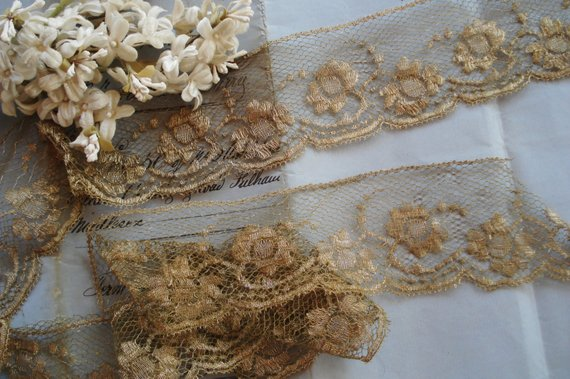 1 1//8 inch wide pink flower lace trim lace trimmings tape selling by the yard