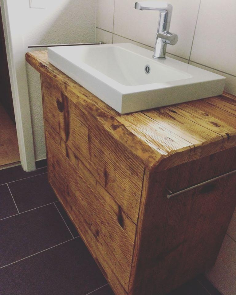 waschtisch aus dem altholz ehemaliger schwarzwaldh fe badezimmer pinterest badezimmer. Black Bedroom Furniture Sets. Home Design Ideas