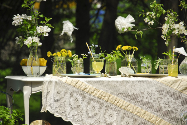 Yellow and white tablescape on the Interior Collective