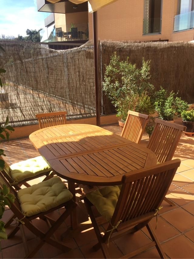 Comedor terraza jardin Becara