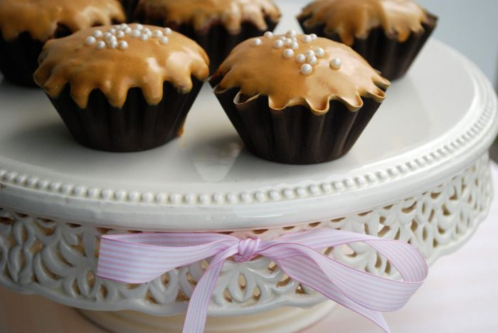 Passion 4 baking » Karamell Cupcake med Karamell glasur