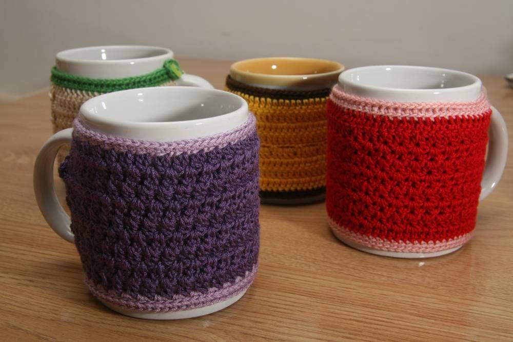 No quieres quemarte las manos? Cozy mug #crochet #naturaDMC http ...