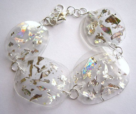 Upcycled bracelet made of plastic bottle and recycled CD glitter eco friendly, sustainable, clear, shiny