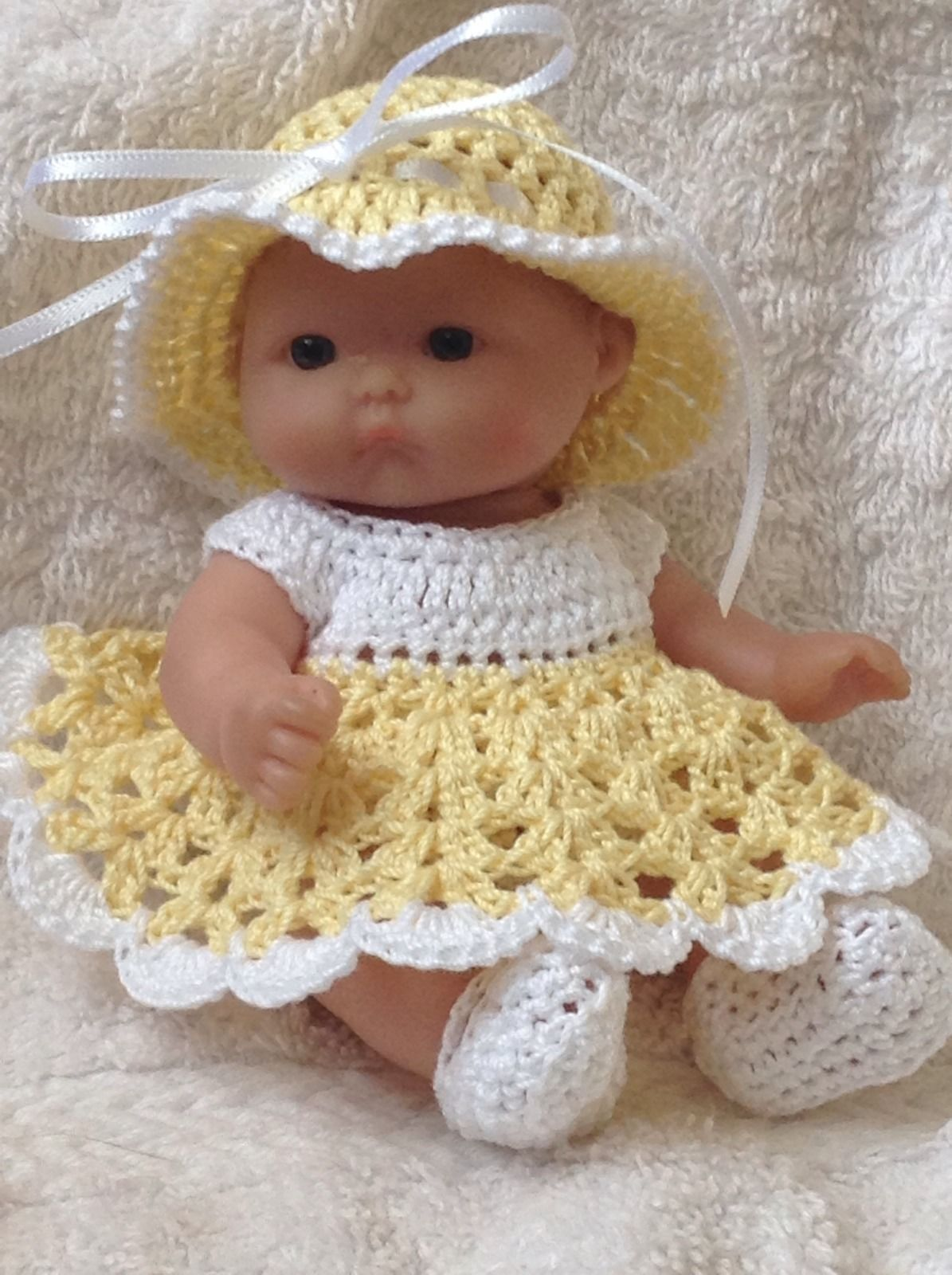 Crocheted set/clothes for 5 inch berenguer / itty bitty/ ooak / cup ...