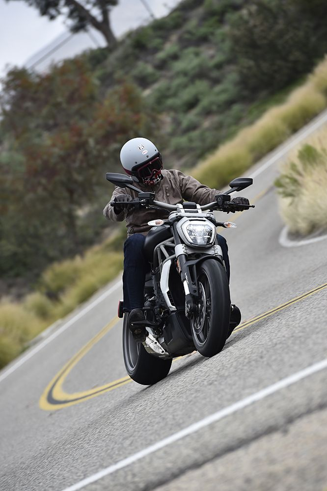 """""""The #XDiavel is two bikes in one. It can do the whole looking cool in the city cruiser vibe chugging along at 50mph at 4000rpm, but there's a darker side to it too when you let all hell break loose."""