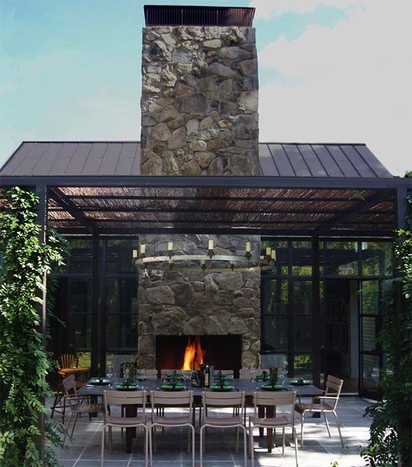 Farmhouse on Shelter Island, New York Hommert Residence Chimenea