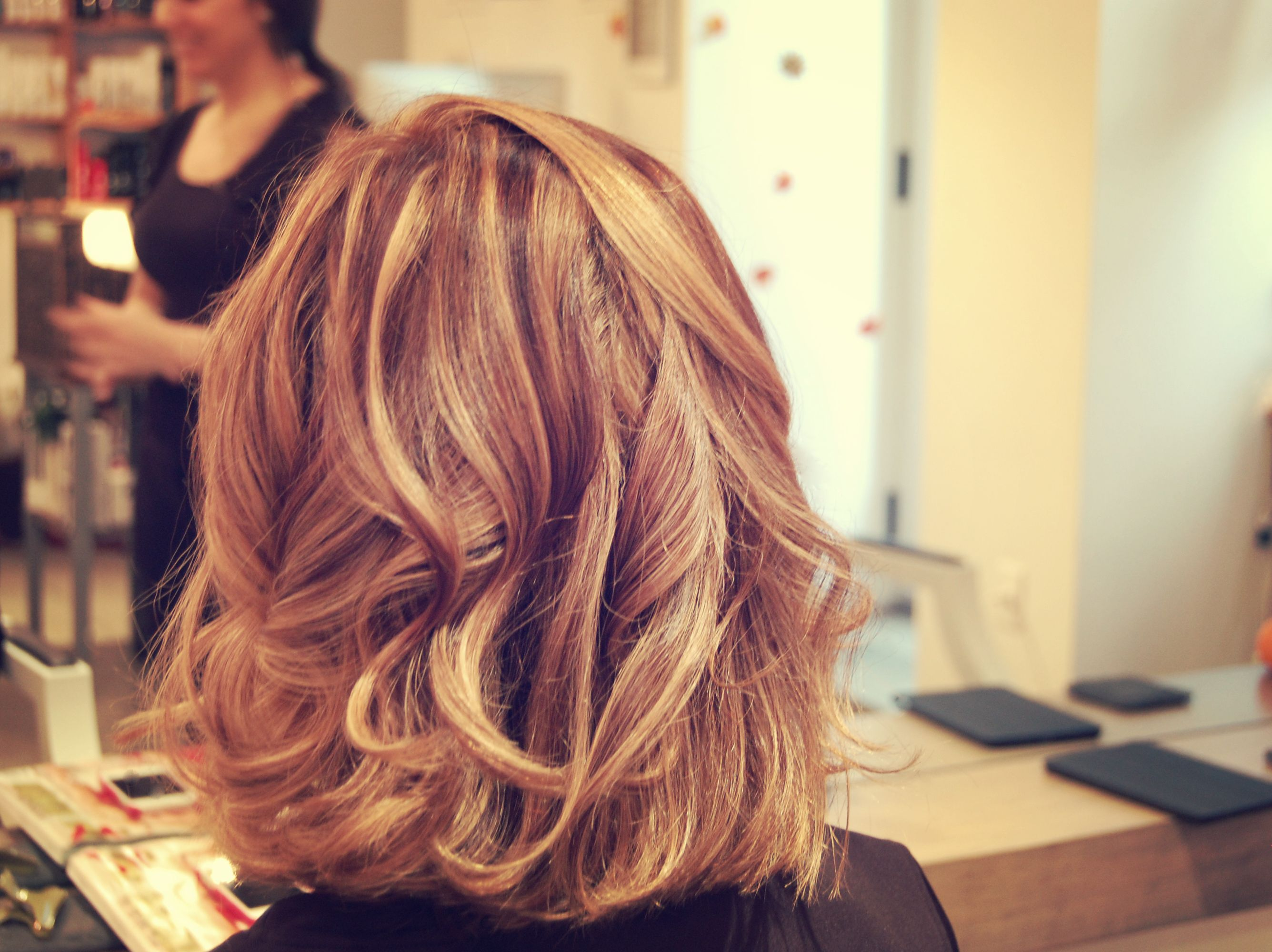 Hair Style Curling by wearticles.com