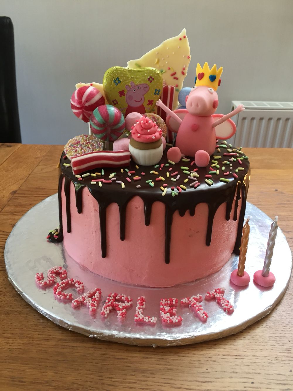 Peppa Pig Drip Cake  Awesome Cakes-9671