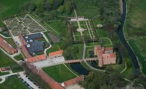 Gammel Estrup Slot og Gods ved Auning, ca. 20 km øst for Randers
