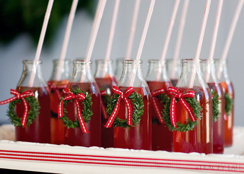 christmas punch! bet it would be much cuter in mason jars.