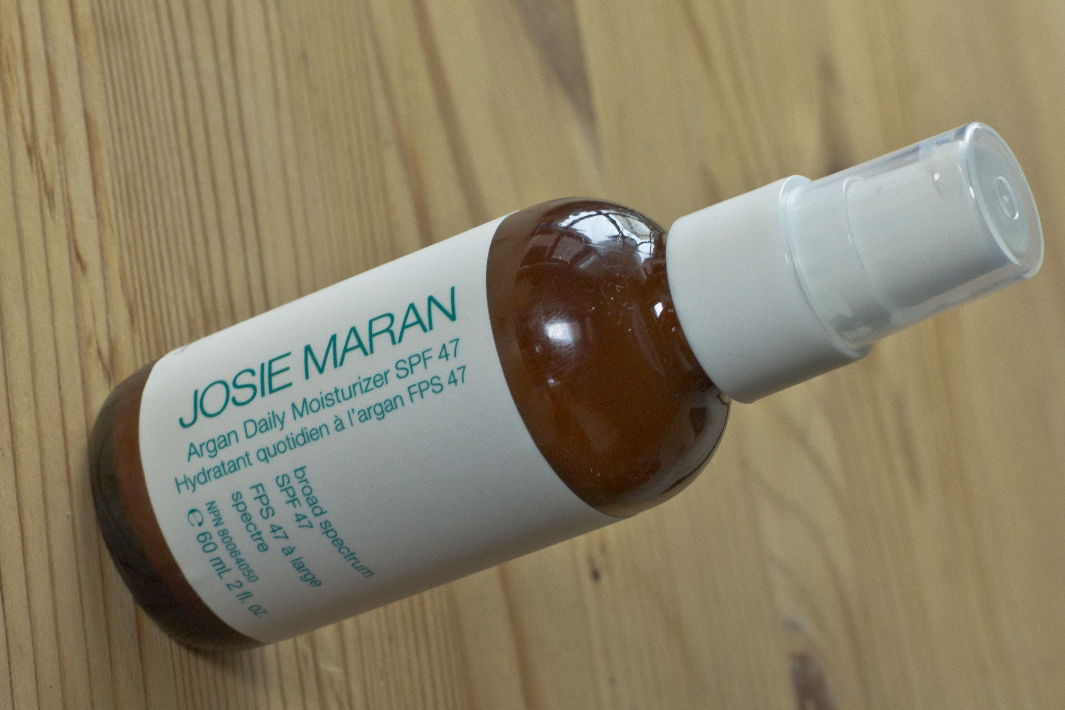 Review of Josie Maran Argan Daily Moisturizer SPF47 ...