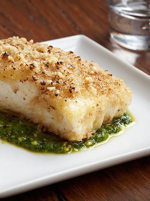 Heilbutt mit Walnusskruste auf Rucola-Pesto   - Fisch & Co ❤️❤️❤️ -