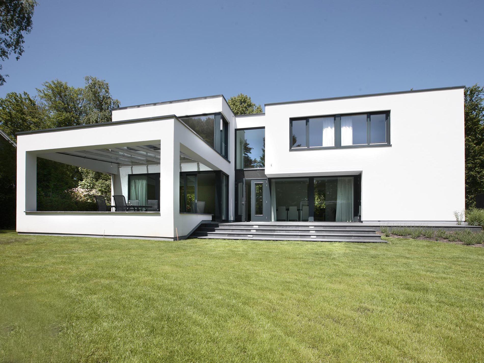 Maas architecten woonhuis warnsveld kubistische bouw for Hedendaagse architecten