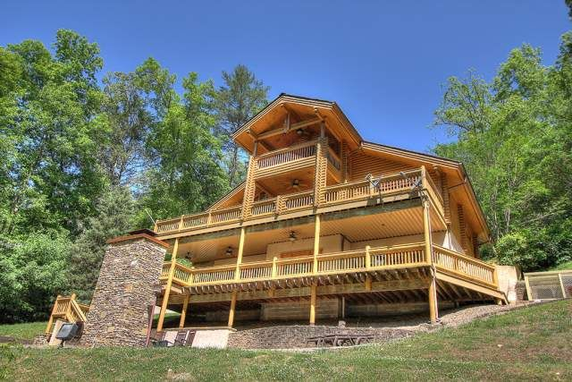 Ogle lodge 4 bedroom cabin at parkside cabin rentals - 4 bedroom cabins in gatlinburg tn ...