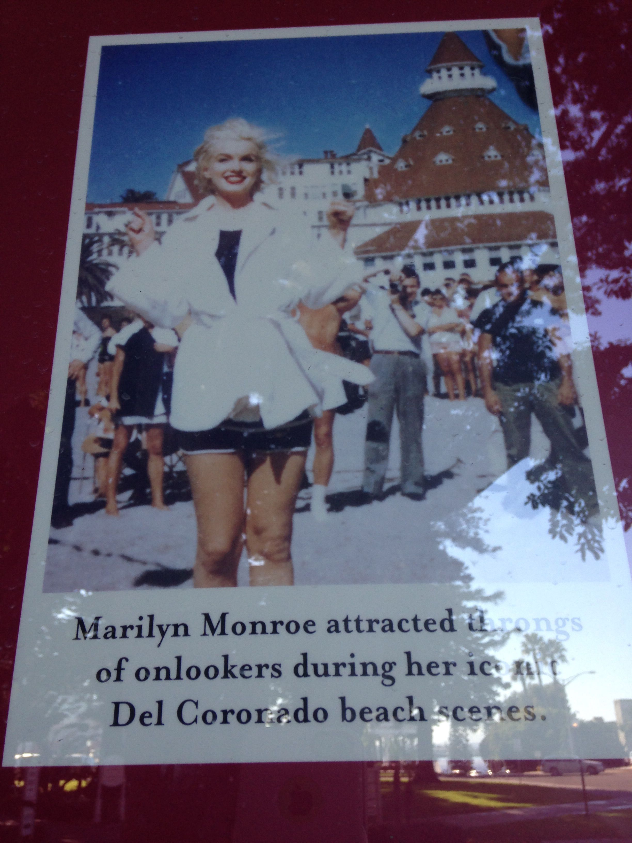 Marilyn Monroe Acts In Some Like It Hot At The Hotel Del