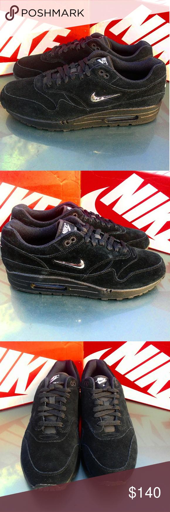 Men's Nike Air Max 1 Premium SC (Size 11) •Brand new in box •100% authentic  •Excellent condition •Size 11 men •Black color/Chrome color way -Style: ...
