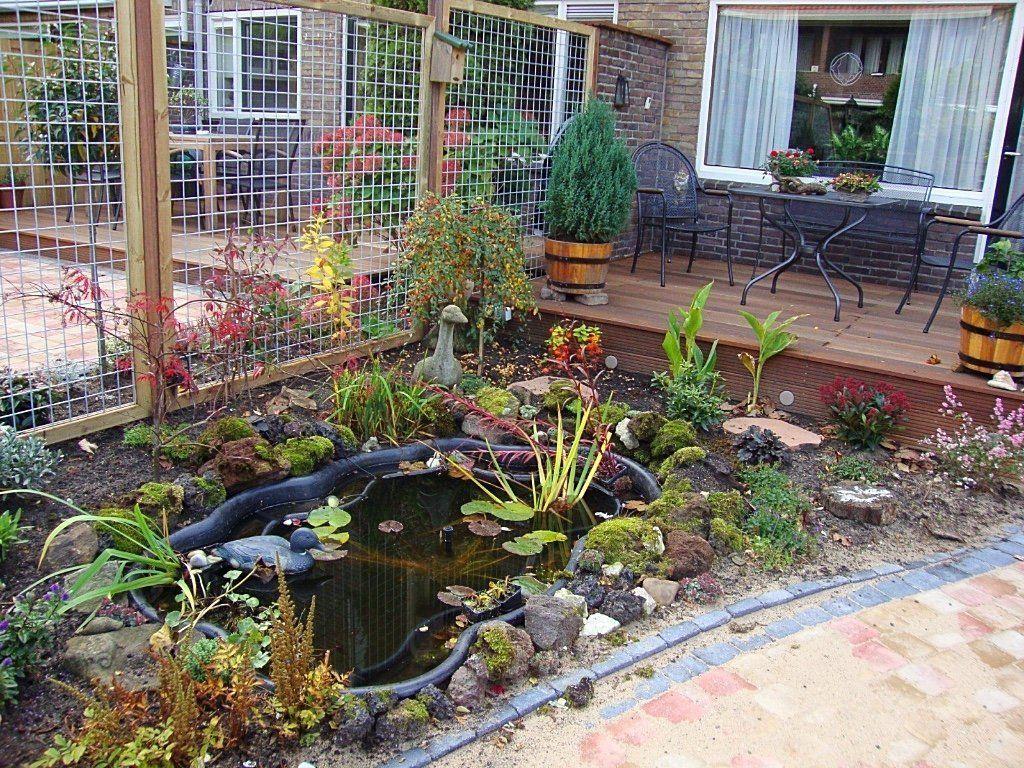 Voorgevormde vijver bij beide buren een mooie tuin for Goedkope voorgevormde vijver