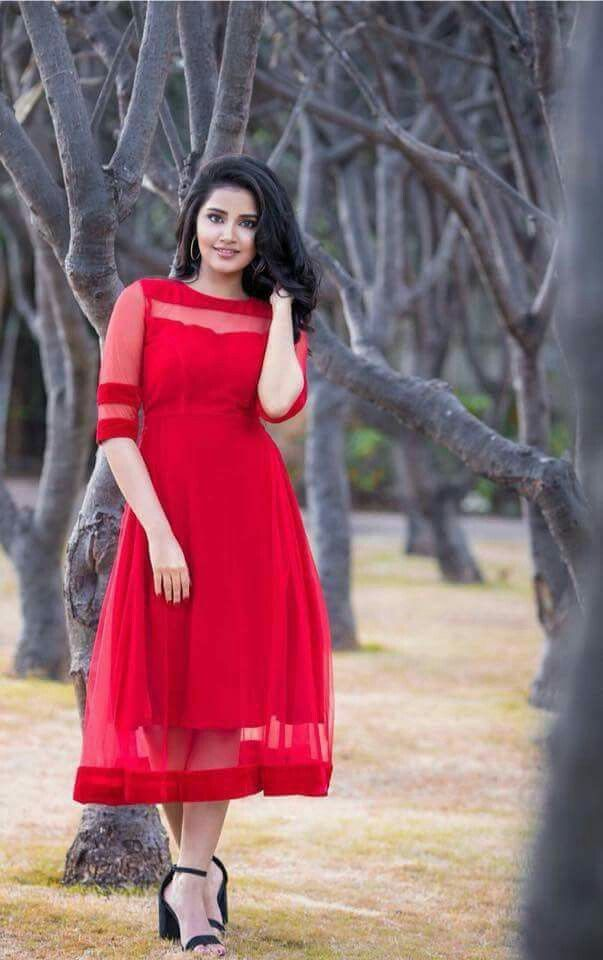 999bf3f1c1 Sani2a27 Beautiful Indian Actress, South Indian Actress, Samantha Images,  Simple Frocks, Red
