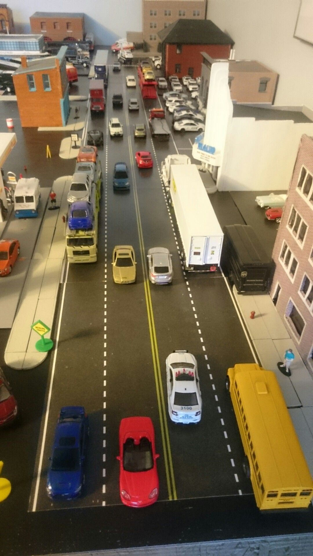 Busy City Street On A 1 64 Scale Diorama City Car Diecast Model Cars Scale Models Cars