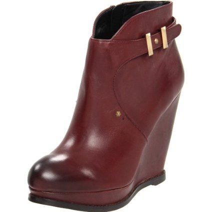 Sam Edelman Women's Dalton Ankle Boot - designer shoes, handbags, jewelry, watches, and fashion accessories | endless.com