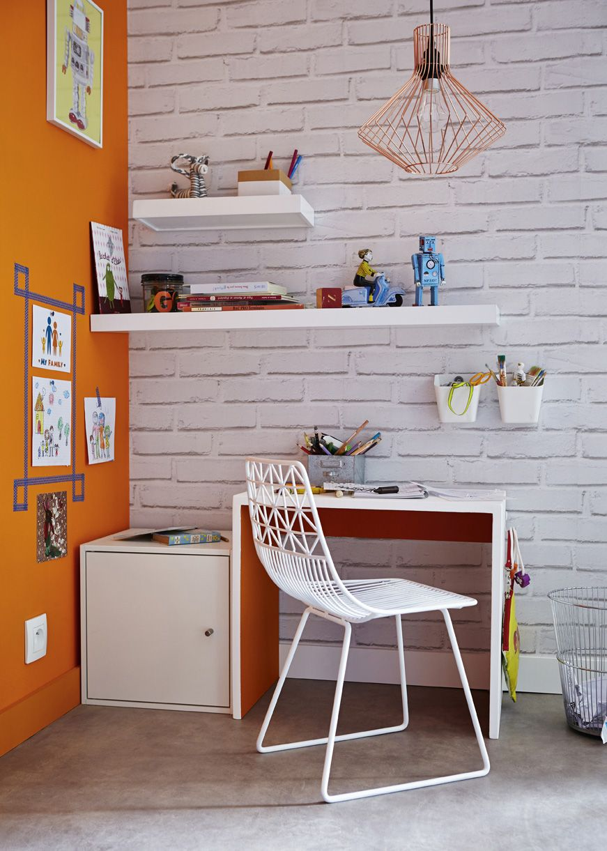 Un Bureau Amovible Et Son Casier A Dessins Meubles De Rangement Decoration Maison Bureau Amovible