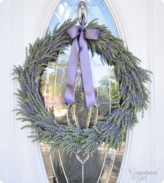 Simple Summer Lavender Wreath ~ also has link to an article about different types of lavender