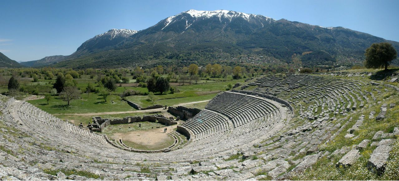TRAVEL'IN GREECE I Ancient Theatre, Dodoni, #Epirus, #Greece, #travelingreece