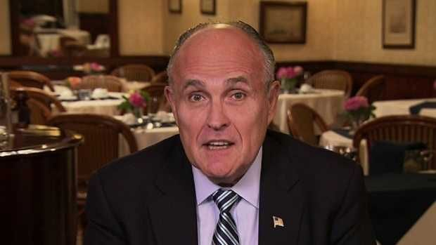 Giuliani: Clinton 'too stupid to be president'